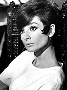 Audrey_Hepburn_-_Million_-_1966